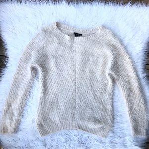 H&M Cream Fuzzy Knit Sweater Sz XS
